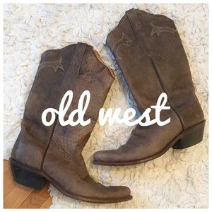 {Old west} leather cowboy boots